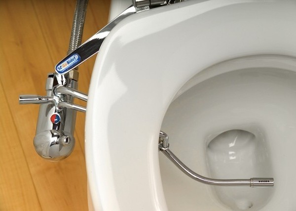 how to use a bidet attachment